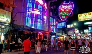 arnaque en thailande, ping pong bar, ladyboy, visa thailande, aéroport travailler en Thaïlande, expatriation, retraite, permis de travail, société, BOI, investir