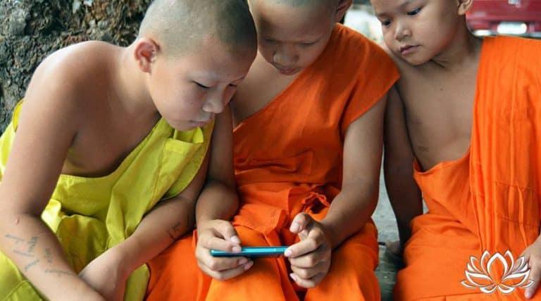 Read more about the article Quel forfait mobile choisir pour la Thaïlande ? Quelle carte sim thaï ?
