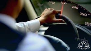 Thaïlande , la limite de vitesse sera augmentée à 120 km / h en avril