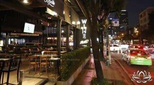 Les bars de Bangkok pourraient fermer à 21 heures